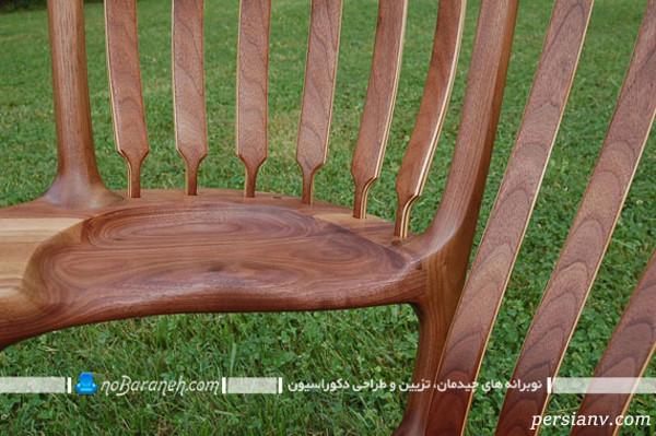 صندلیهای چوبی