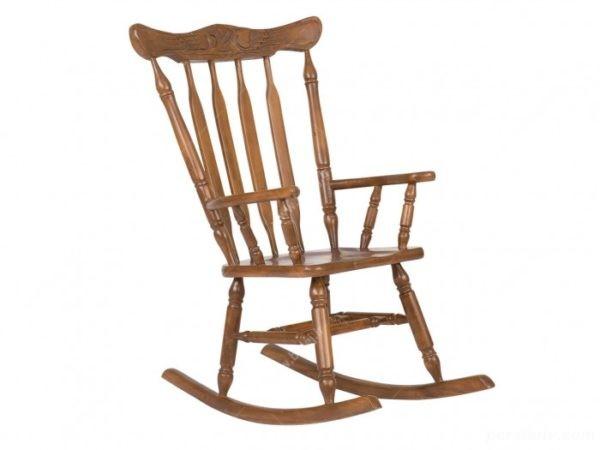با صندلیهای چوبی دسته دار در دکوراسیون به گذشته ها میروید