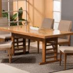 اگر خانه ای کوچک دارید میز ناهارخوریتان را به شکل ال درآورید