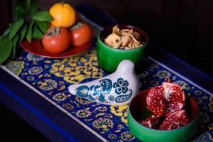 چیدمان سفره های شب یلدا با با ظروف سفالی و زیباترین ایده ها+تصاویر
