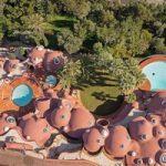 هتل پیر کاردین یک قصر حبابی ۱۵۰۰ میلیاردی در جنوب فرانسه+تصاویر