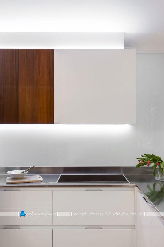 فضای کوچکی که به این شکل خلاقانه و زیبا هم آشپزخانه شده است و هم اتاق کار+تصاویر