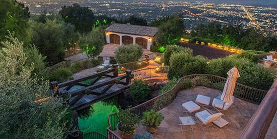 دکوراسیون خانه زیبای تام کروز بازیگرمشهور و کارگردان آمریکایی+تصاویر