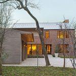 طراحی داخلی خانه ای به سبک کلبه اروپایی ولی با جلوه ای مدرن