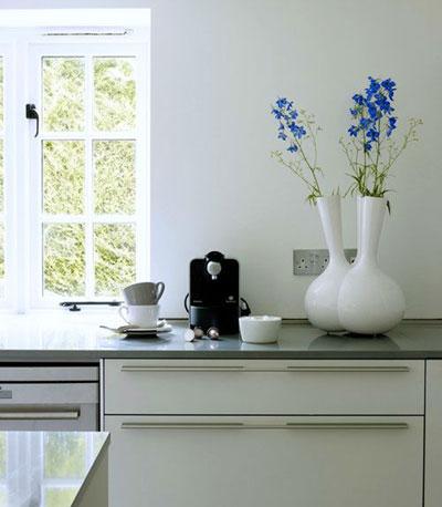 طراحی داخلی سفید این خانه تکه ای بهشت تاریخی است!