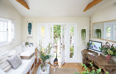 طراحی داخلی فوق العاده دلباز خانه کوچک ۳۳ متری!
