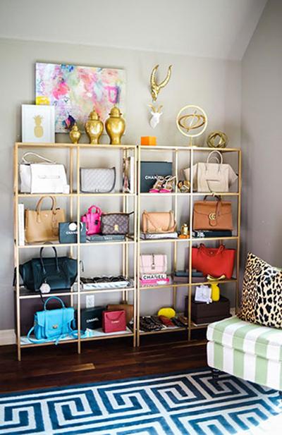 این مدل قفسه ها مخصوصا برای قرار دادن انواع کیف مناسب هستند