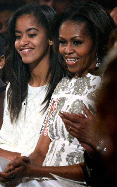 شباهت روز به روز دختر اوباما به مادرش میشل +عکس