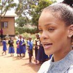 سفر انسان دوستانه ریحانا به کشور مالاوی و دیدار از دانش آموزان