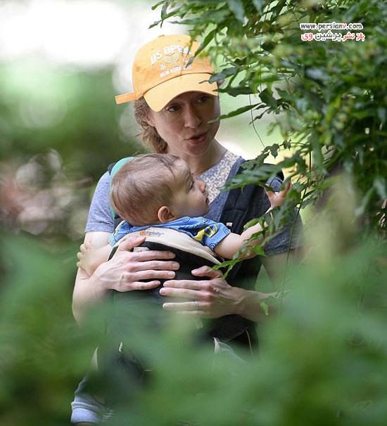 چلسیا کلینتون و پسرخردسالش