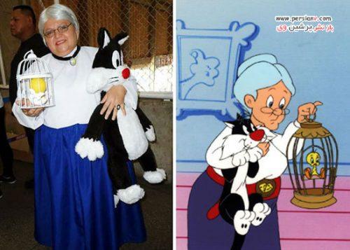 خانم ۵۰ ساله برزیلی در لباس شخصیت های کارتونی مشهور