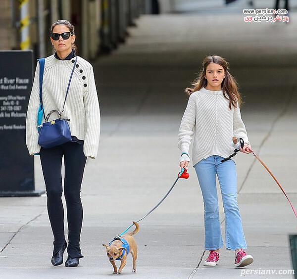 کیتی هولمز و دخترش
