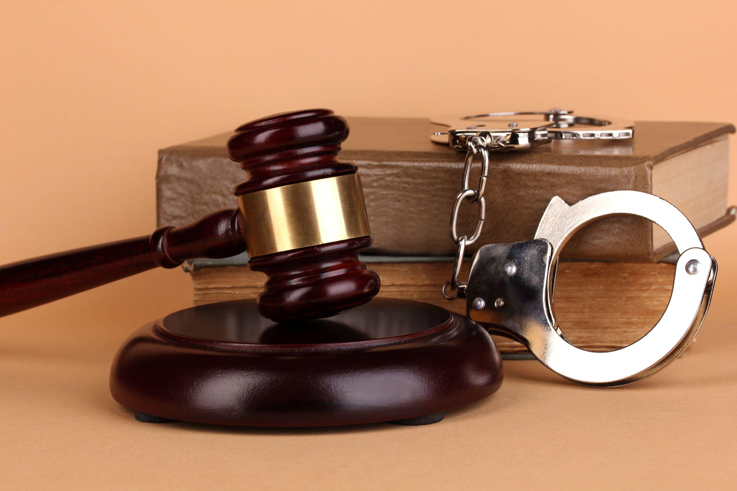 قانون حمایت از خانواده به چه موضوعاتی میپردازد؟
