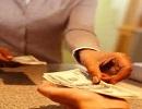 تعارض در پرداخت نفقه همسر