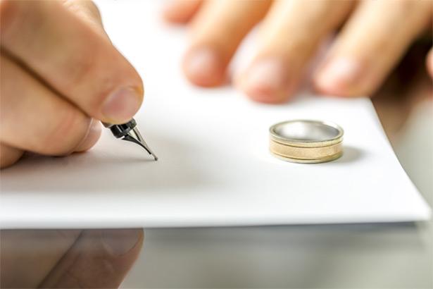 وکالت زن در طلاق