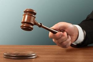 تخلفات قضات که ممکن است هنگام اجرای رای دچار شوند