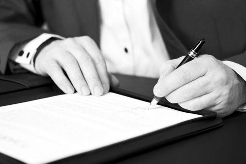 قرارداد قرض چیست و چگونه تنظیم می شود؟