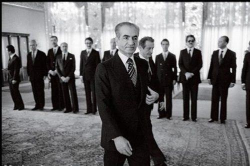 محمدرضا پهلوی | ماجرای سفر پرخرج شاه برای بازدید از وین چه بود؟