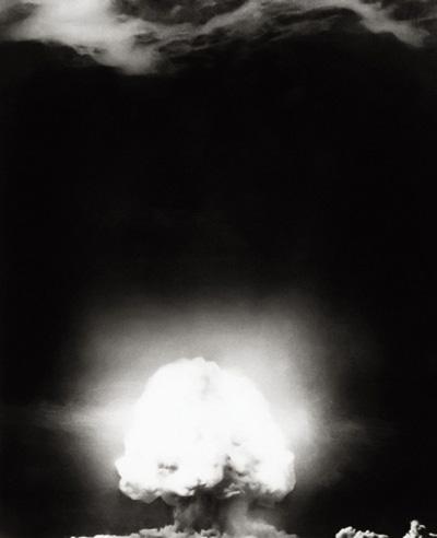 اولین بمب اتم جهان و تاریخچه و آزمایش آن + تصاویر