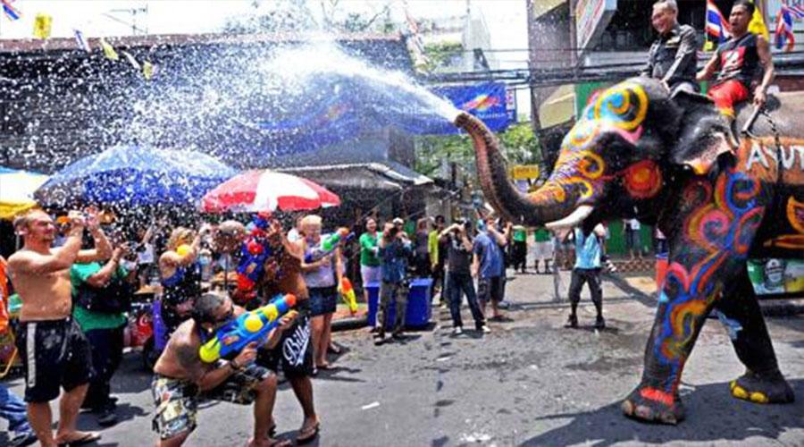 جشن آب سونگکران تایلند