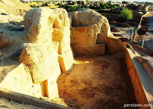 تپه های باستانی سیلک کاشان+عکس
