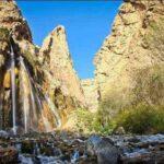 آبشار مارگون فارس در درههای غرب شهرستان سپیدان قرار گرفته است.