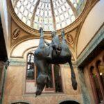 مجسمه های بسیار شگفت انگیزی که توریست جذب می کنند