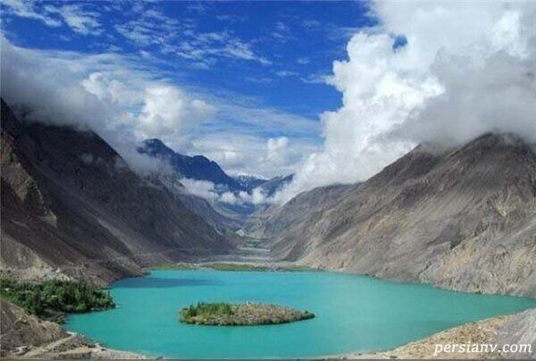 دریاچه قلبی