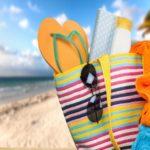 تمام چیزهایی که باید برای رفتن به ساحل در تابستان با خود داشته باشید