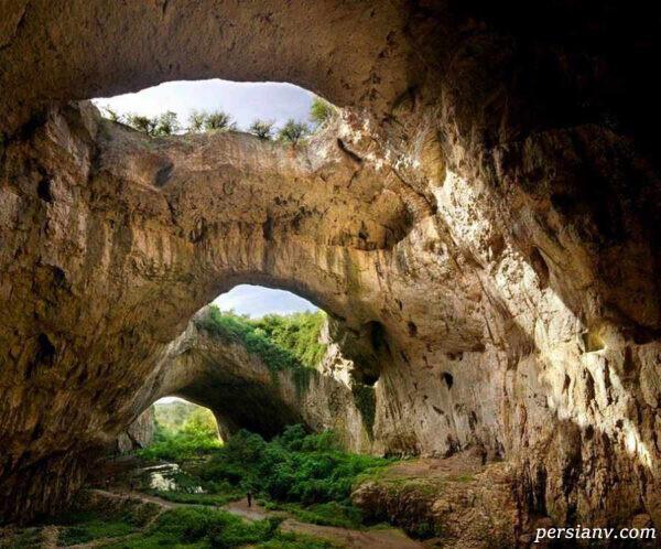 غار آهکی دوتاشکا