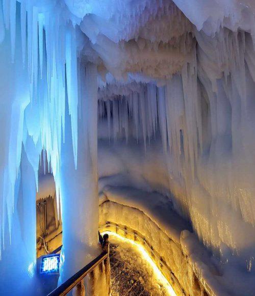 بزرگترین غار یخی چین