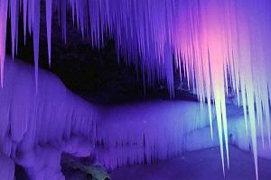 غار یخی زیبا و دیدنی کوه نینگوا /بزرگترین غار یخی چین +تصاویر