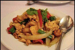 خوردن این غذاهای لذیذ را در سفر به تایلند از دست ندهید+تصاویر