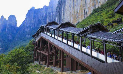 بلندترین پله برقی جهان