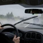 برای اینکه رانندگی بهتری در سفر روزهای بارانی داشته باشید