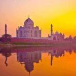 زیباترین غروب خورشید در کنار زیباترین جاذبه های جهان ببینید