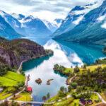 زیباترین سواحل سنگی نروژ که گردشگران عاشق آنها هستند