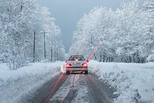 سفر با ماشین در زمستان و نکات مهم سفر در روزهای برفی+تصاویر