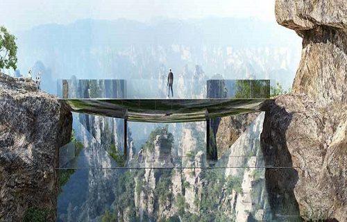 پل شیشه ای ترسناک