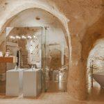 هتل مدرنی که در دل غاری در ایتالیا است+تصاویر