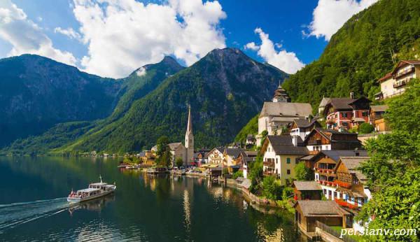 دریاچه زیبای اتریش