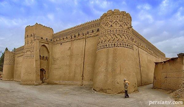 قلعه مهرجرد جاذبه تاریخی دیدنی در میبد+تصاویر