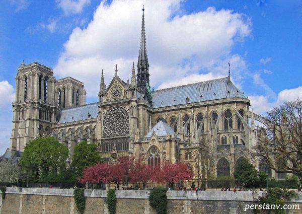 کلیسای جامع نوتردام پاریس بنای تاریخی بسیار زیبا