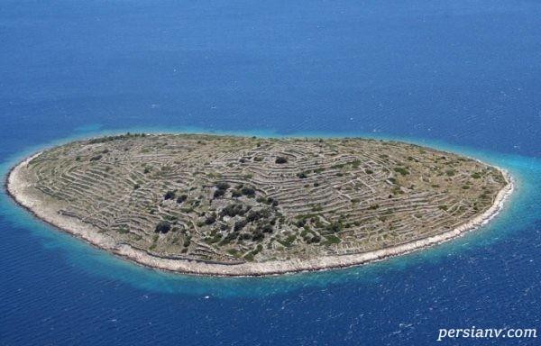 جزیره ای که شبیه به اثر انگشت است