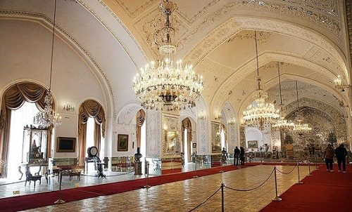 کاخ موزه ها در طهران قدیم دیدنی پرطرفدار نوروزی تهران+تصاویر