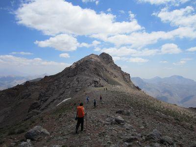 قله خرسنگ,را باید حتما از نزدیک ببینید+تصاویر
