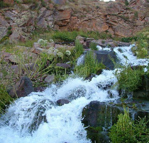چشمه و آبشار گورگورسبلان+تصاویر