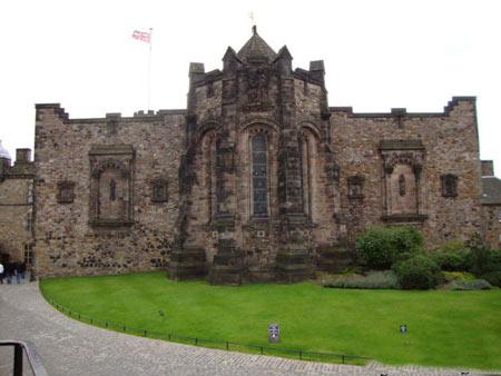 قلعه اسرار آمیز ادینبورگ + تصاویر