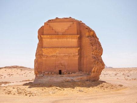 قلعه تنهایی در عربستان +تصاویر