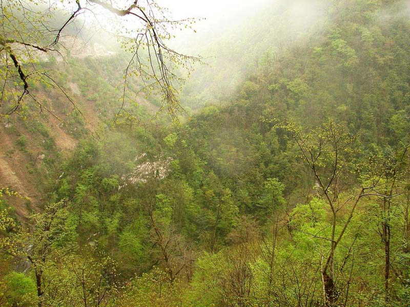 دریاچه الیمالات جاذبه ای دیدنی برای نوروز۹۶+تصاویر